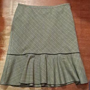🌷2/$12 WHBM skirt